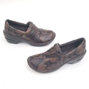 Born BOC brown snakeskin clogs - size 7 / EUR 38